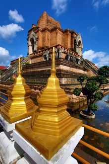 Chedi at Wat Chedi Luang Temple in Chiang Mai, Thailand
