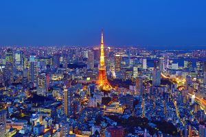City skyline view of the Tokyo Tower and Tokyo, Japan at night