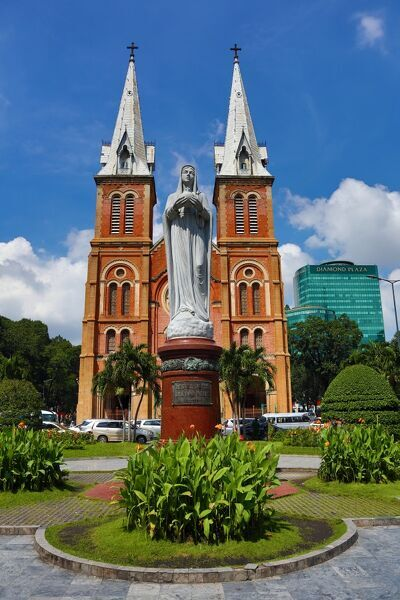Statue of the Virgin Mary at the Notre-Dame Cathedral Basilica of Saigon, Ho Chi Minh City (Saigon)