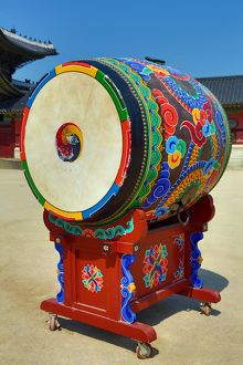 Colourful drum at Gyeongbokgung Palace in Seoul, Korea