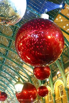 Covent Garden Market Christmas Decorations and Lights, London, England