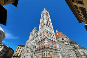 florence italy/giottos bell tower duomo cathedral santa maria