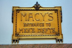 Macy's, the World's largest department store and shop, sign, New York. America