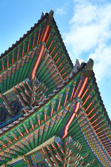 Roof of Geunjeongjeon Hall Throne Room at Gyeongbokgung Palace in Seoul, Korea