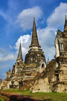 Ruins of the chedis of Wat Phra Si Sanphet Temple, Ayutthaya, Thailand