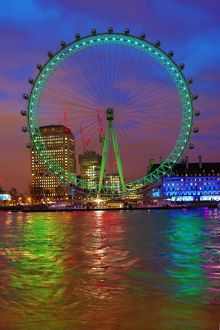 London Eye green for St Patrick's Day (Selection of 6 Items)