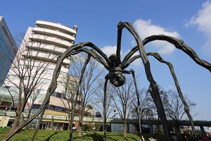The statue of a giant spider called Maman in Roppongi Hills, Tokyo, Japan
