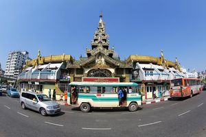 Street scene with traffic and the Sule Pagoda, Yangon, Myanmar